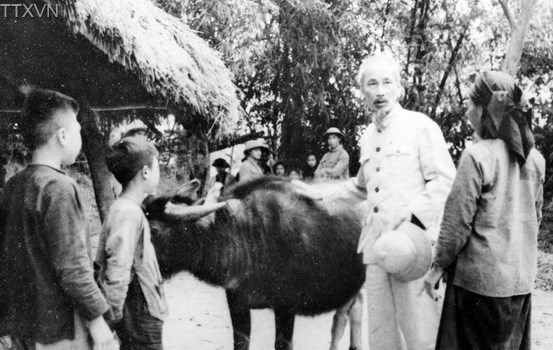 President Ho Chi Minh visited a farmer's family