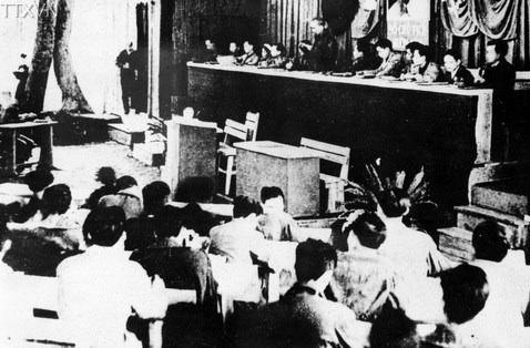 President Ho Chi Minh read a political report at the second national congress of the Vietnam Labour Party in Viet Bac in February 1951.