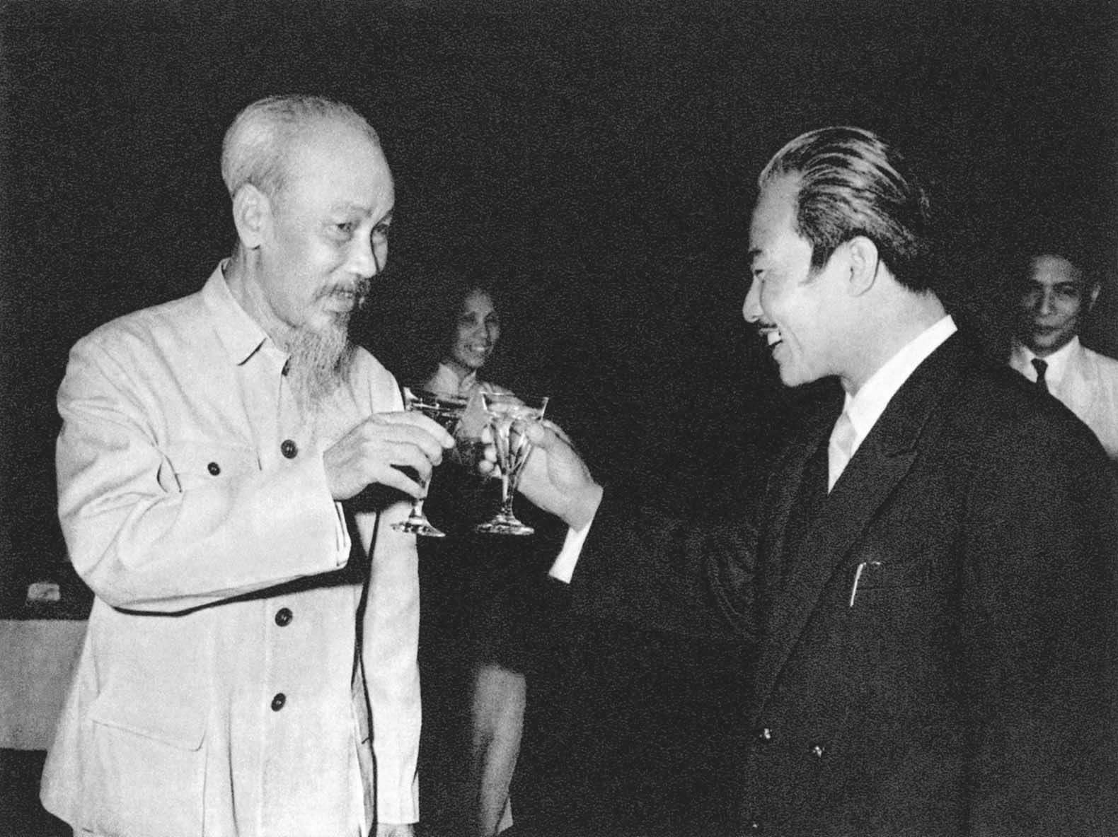 President Ho Chi Minh and Prince Souphanouvon, Chairman of the Laotian Patriotic Front (1960)