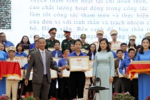 Youngsters honoured for following Uncle Ho's example