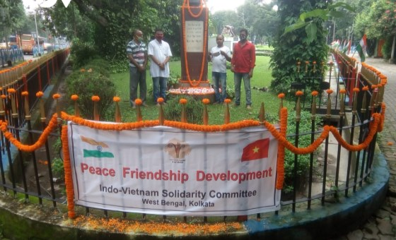 Indian friends commemorate President Ho Chi Minh